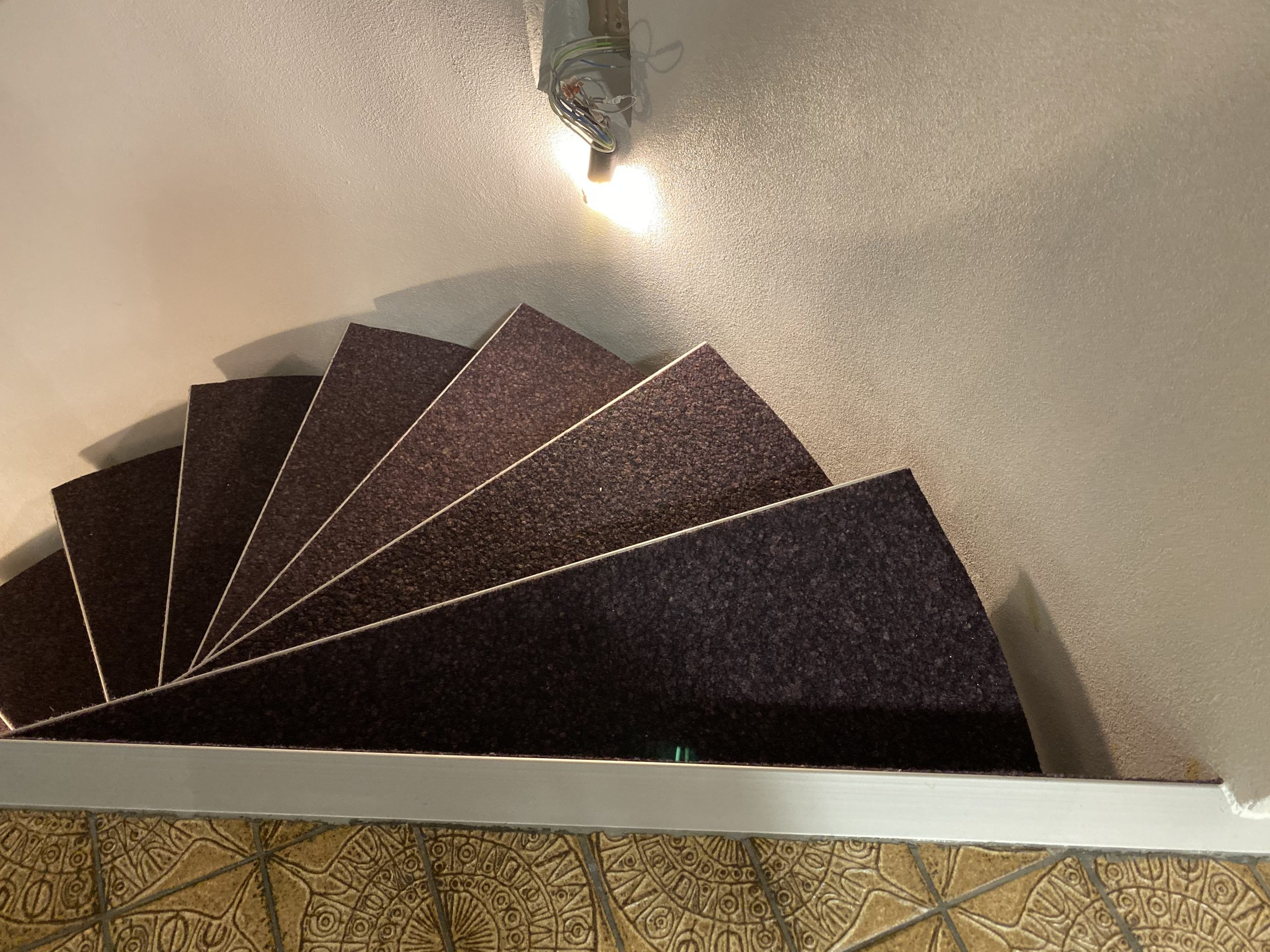 Barmetboden   Treppe mit Treppenkante