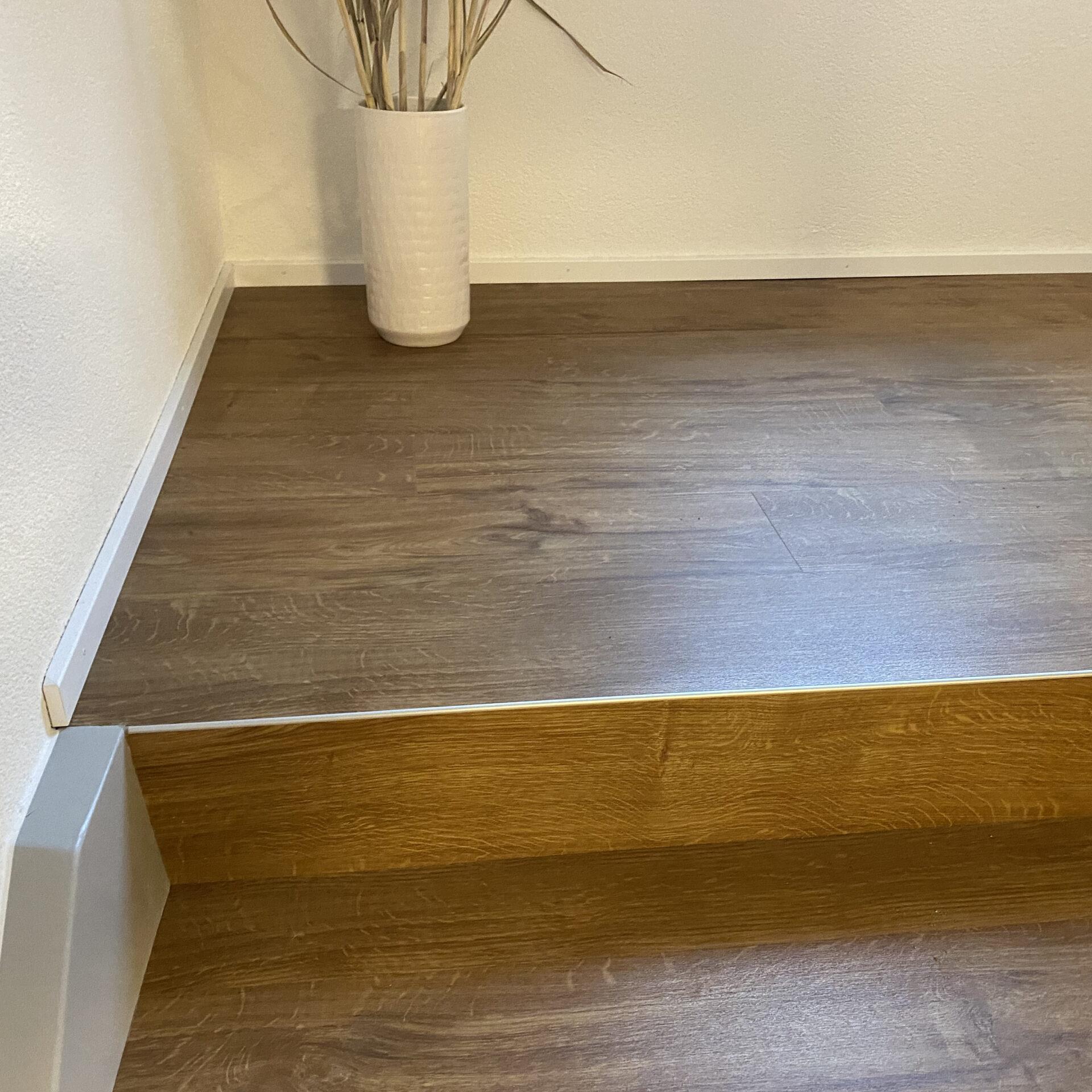 Vinylboden auf Treppe | Barmetboden